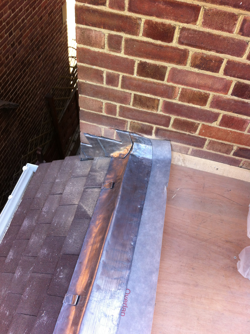 new-roof-lead-flashing